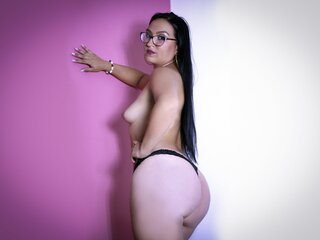 AliciaBruns camshow adult pictures